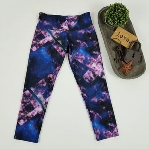Onzie multicolor galaxy print cropped leggings